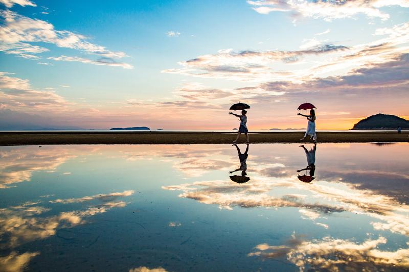 南米の絶景のような体験を香川県で!フォトジェニックスポット「父母ヶ浜海岸」